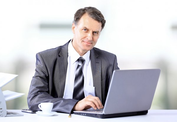 businessman-computer.jpg